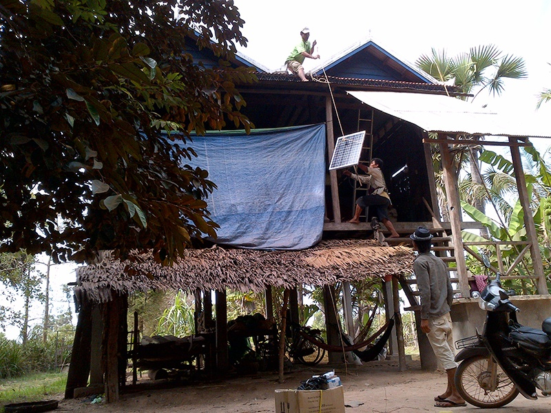 Cambodian household system 5000 sets Off grid July, 2011