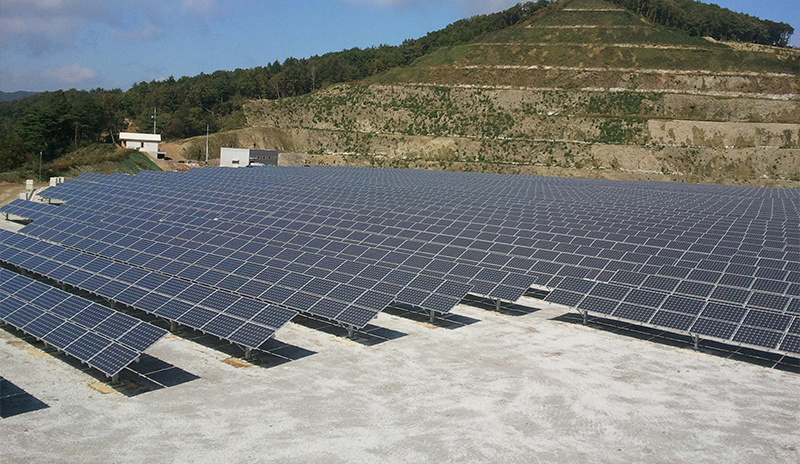Restar 300KWp ground-mounted grid-tied solar system in Laos Republic, July 2008